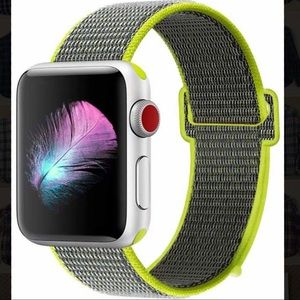 Other - BNWT 44mm Apple Watch Series 4 Sport Band ⌚️
